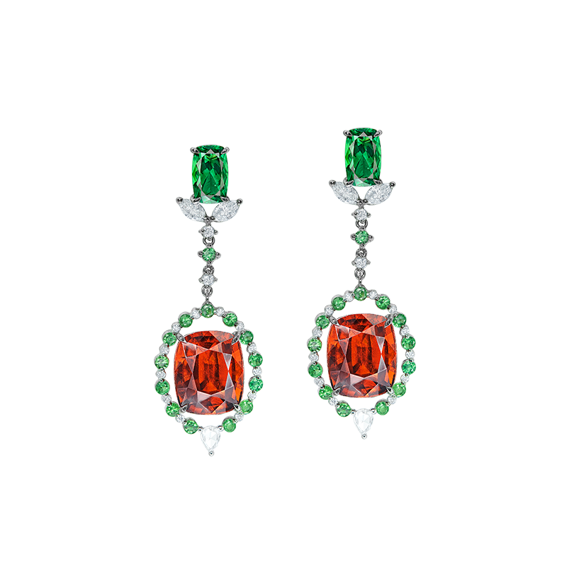 EGL 鈣鋁榴石鑽石耳環 12.77克拉