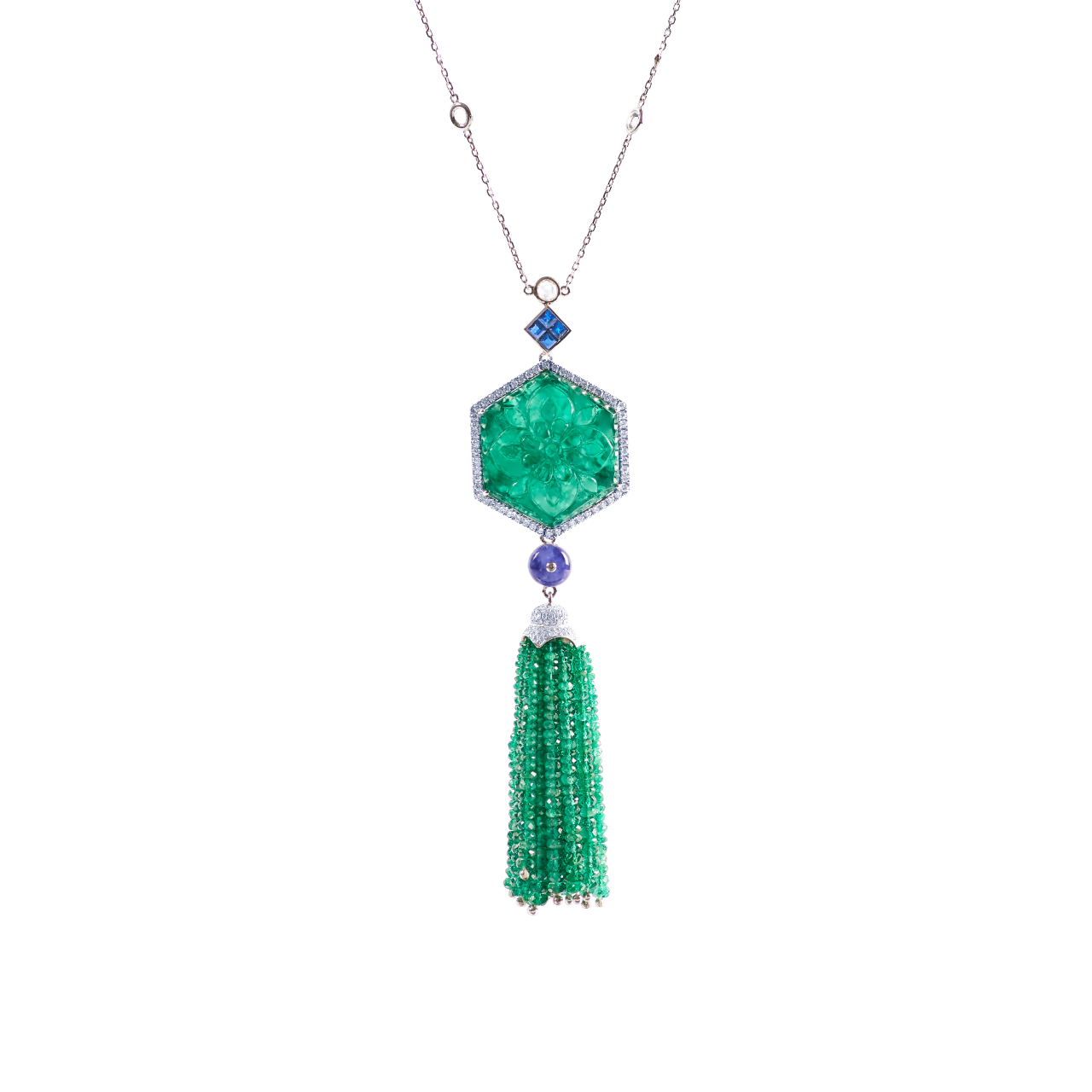 EGL 尚比亞雕刻祖母綠與藍寶墜鍊 95.63克拉