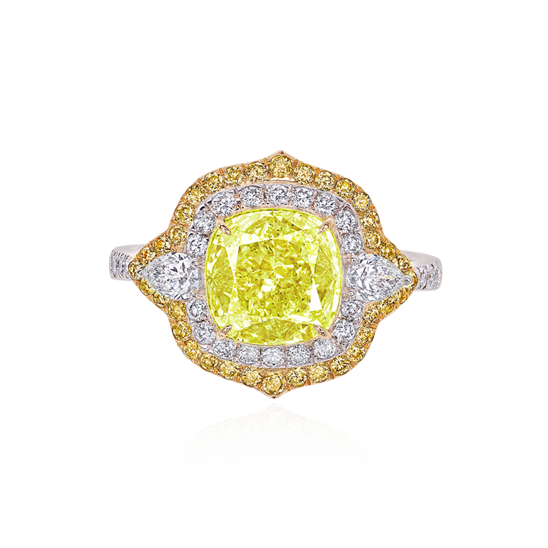 GIA 黃綠鑽戒 3.03 克拉